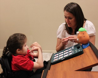how to become a speech and language therapist
